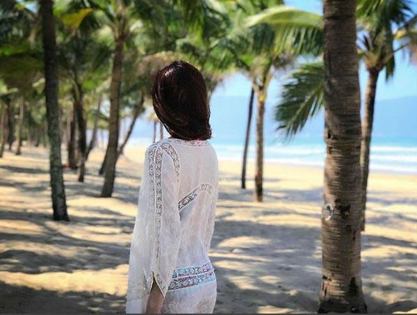 Ảnh mặc bikini hiếm hoi của Đặng Thu Thảo, Huyền My - Ảnh 3.