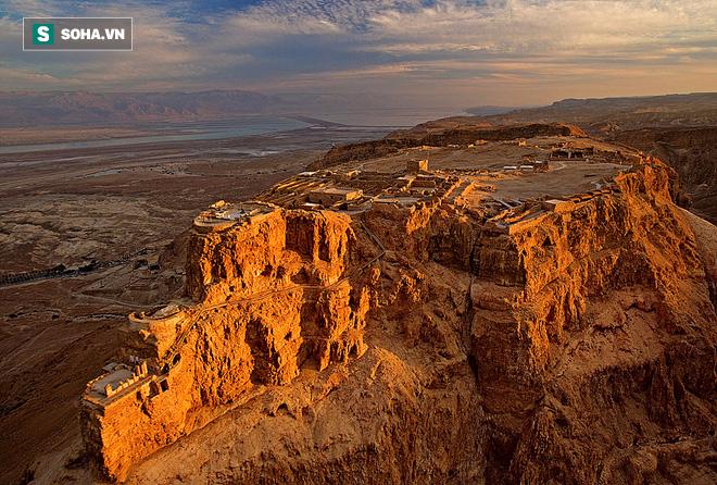 Truy tìm bí mật tại pháo đài bất khả xâm phạm của người Do Thái - Ảnh 1.
