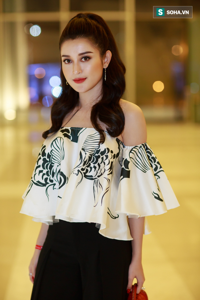 Huyền My, Phạm Hương khoe vẻ đẹp quyến rũ với phong cách lạ - Ảnh 6.