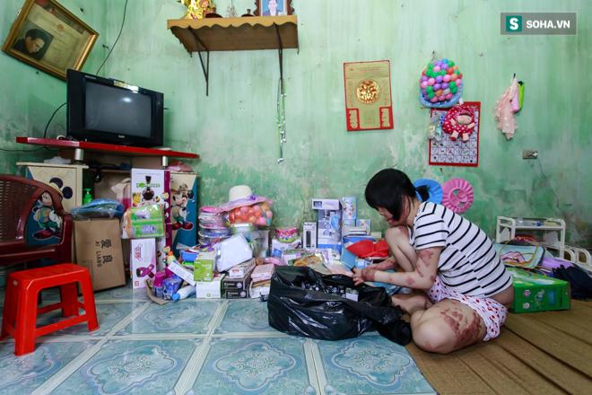Khi chứng kiến cuộc sống của Hoa hậu Thùy Dung, bạn sẽ phẫn uất gấp nhiều lần NSƯT Chí Trung - Ảnh 9.
