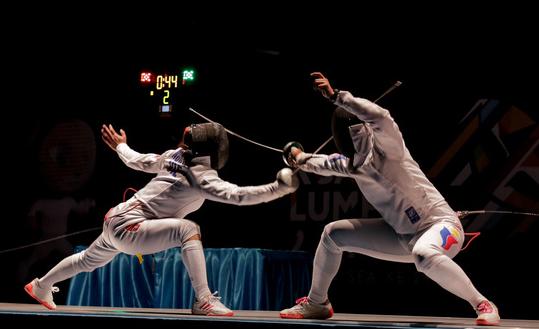 Việt Nam có huy chương vàng thứ 10, tiếp tục tranh cướp vị trí thứ 3 với Indonesia - Ảnh 1.