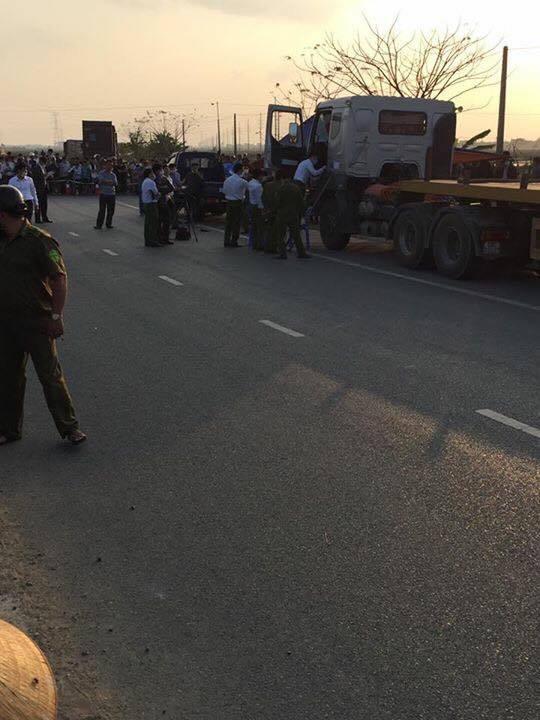 Bắc Ninh: Phát hiện thi thể đang phân hủy trong cabin xe tải - Ảnh 1.