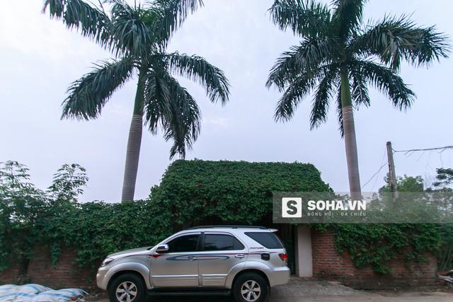 Ngoài 2 căn nhà nói trên, Quang Tèo còn sở hữu 1 nhà vườn có tổng diện tích hơn 1000m2 tại Thạch Thất, Hà Nội.