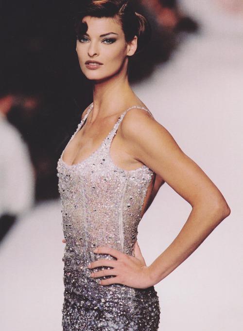 Thế giới người mẫu: Sát phạt, kinh hoàng gấp trăm lần trò lố tại VN Next Top Model   - Ảnh 9.