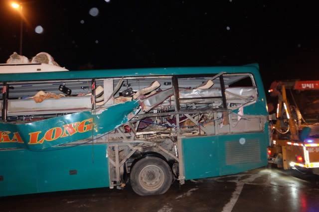 Khởi tố vụ án nổ xe khách làm 2 người chết ở Bắc Ninh - Ảnh 1.