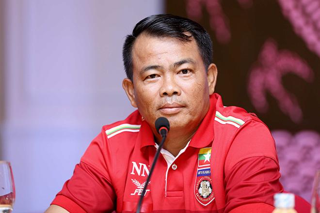 Thua U19 Gwangju, HLV Myanmar nói điều bất ngờ về đàn em Công Phượng - Ảnh 1.