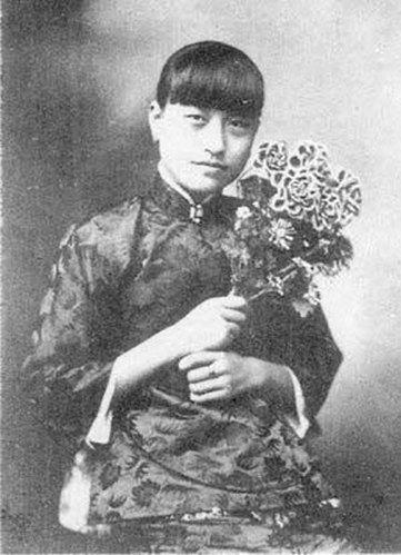 Tống Mỹ Linh nổi trận ghen lôi đình vì Tưởng Giới Thạch và vợ cũ dệt lại mộng uyên ương - Ảnh 1.