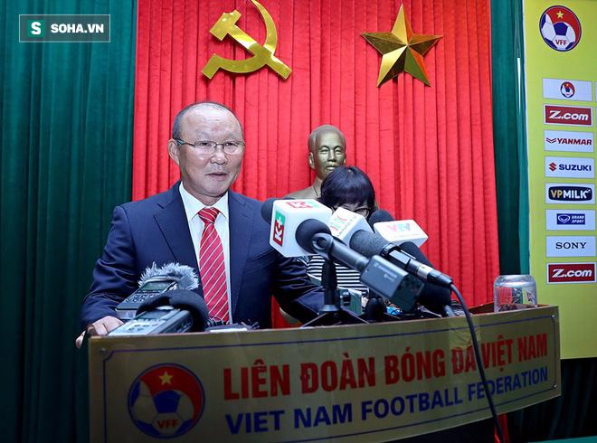 Vừa tới Việt Nam, HLV Park Hang Seo nói gì về kịch bản bị sa thải sớm? - Ảnh 4.