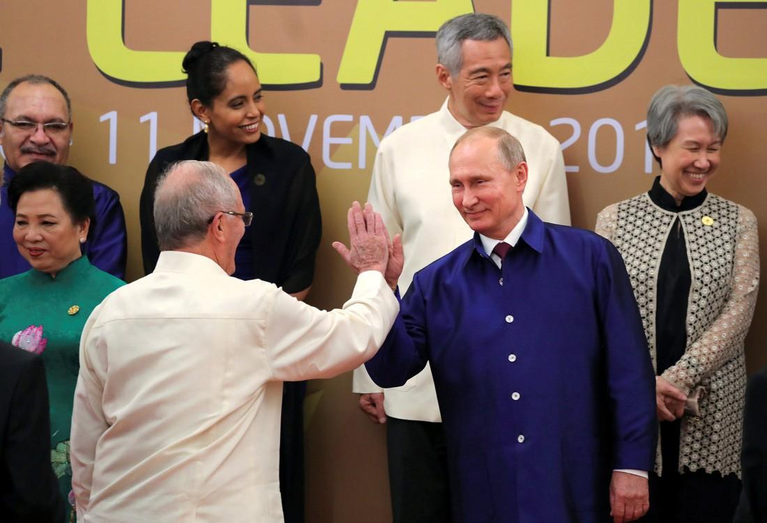 [PHOTO ESSAY] Toàn cảnh APEC 2017 qua 17 khoảnh khắc ấn tượng - Ảnh 10.