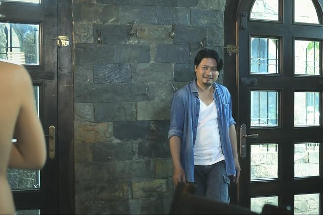 Sau Lời nguyền gia tộc, Phi Huyền Trang lại tiếp tục sexy - Ảnh 3.