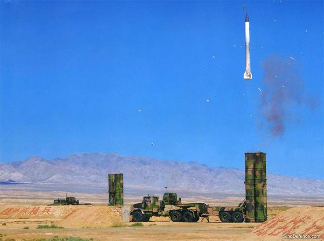 Báo Nga nói sự thật về tên lửa phòng không S-300, S-400, HQ-9 Trung Quốc  - Ảnh 1.