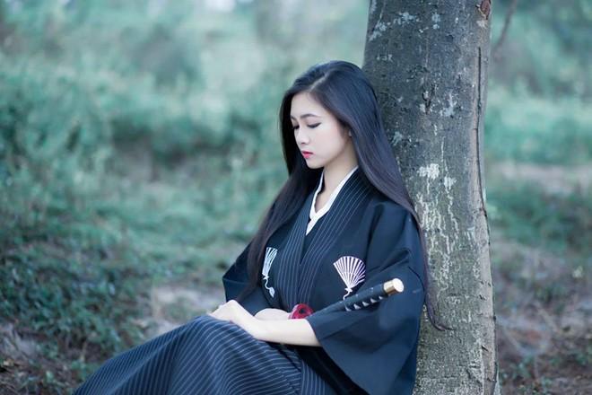 Cô gái 20 tuổi hóa thân thành nữ võ sĩ đạo xinh đẹp - Ảnh 1.