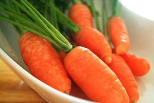 Ăn cà rốt theo cách này sẽ lợi ích tuyệt vời cho sức khỏe - Ảnh 1.