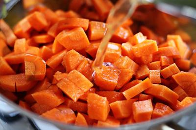 Ăn cà rốt theo cách này sẽ lợi ích tuyệt vời cho sức khỏe - Ảnh 2.