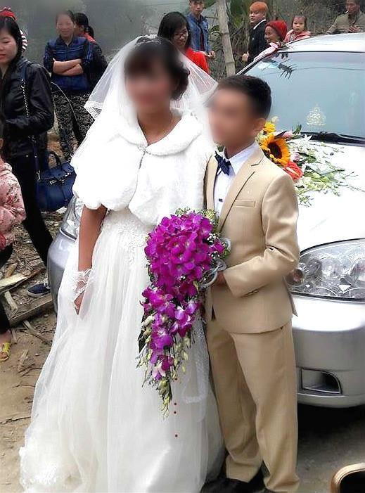 Đám cưới 'nàng Bạch Tuyết và chú lùn' tại Bắc Ninh - ảnh 2
