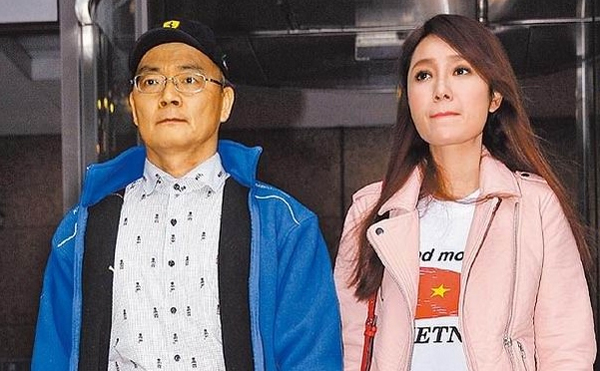 Chồng Helen Thanh Đào: Chấp nhận 18 năm bị gọi là anh trai, bán nhà nghỉ việc để gây dựng sự nghiệp ảo cho vợ - Ảnh 1.