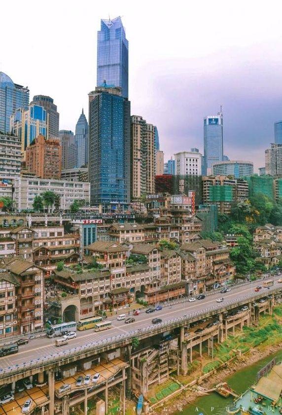 Thành phố thẳng đứng tại Trung Quốc - nơi khách du lịch chỉ đến 1 lần và không bao giờ quay lại - Ảnh 2.