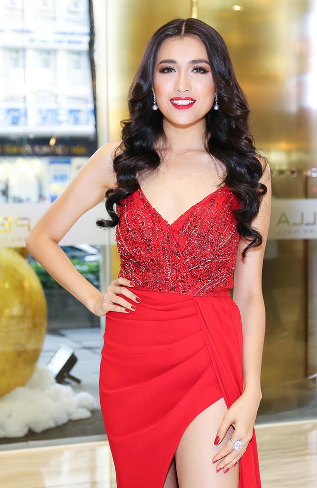 Vừa lên đường đi thi, đại diện Việt Nam đã bị đối xử bất công tại Hoa hậu Hoàn vũ? - Ảnh 2.