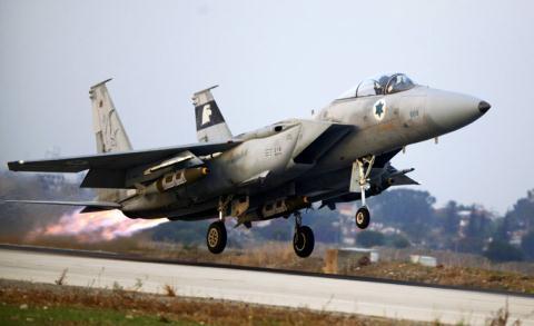 Phòng không Syria vỡ vụn trước đòn tập kích chớp nhoáng của Israel  - Ảnh 3.
