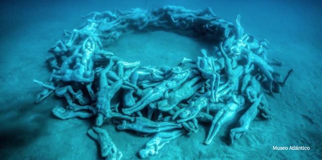 Vùng biển khiến ai cũng phải lạnh người khi nhìn thấy cảnh tượng ở dưới đáy - Ảnh 1.
