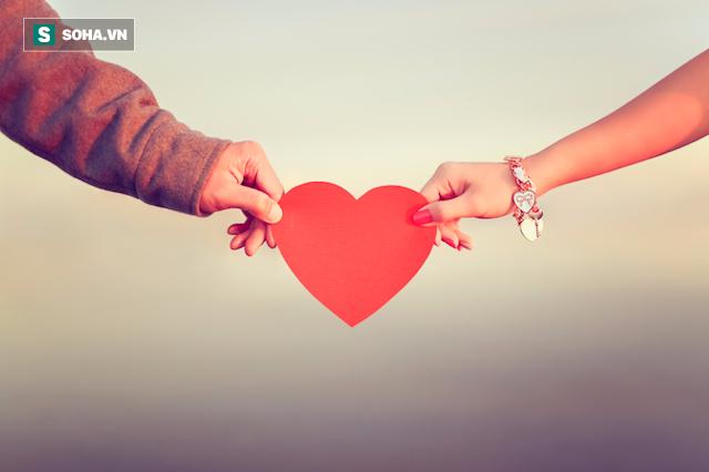Tại sao cứ đến Valentine là các đôi lứa lại tặng nhau sô cô la? - Ảnh 2.