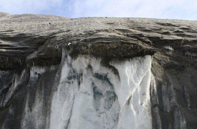 Không phải Everest, đây mới là ngọn núi cổ xưa nhất trên Trái Đất - Ảnh 1.