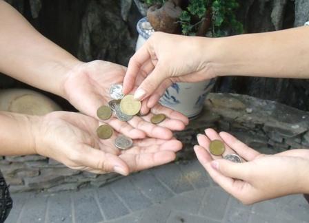Từ chối thế này khi người khác mượn tiền sẽ không gây mất lòng mà lại còn được quý hơn - Ảnh 2.