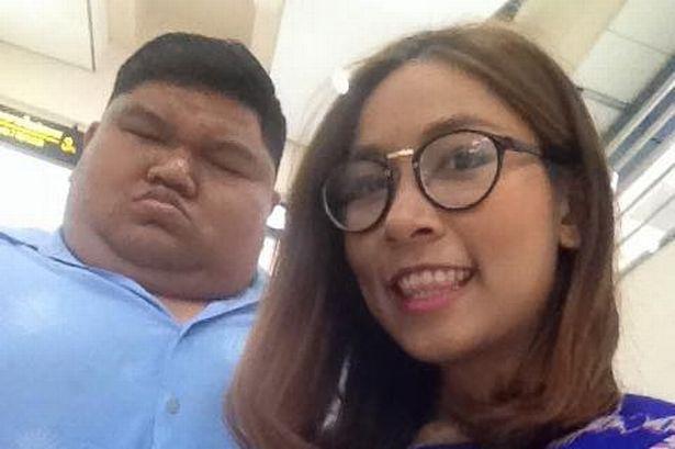 Cặp đôi đũa lệch chênh nhau gần 100kg chuẩn bị kết hôn sau 10 năm gắn bó - Ảnh 1.