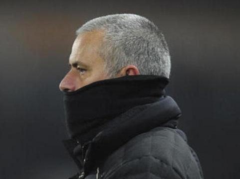 Mourinho đang bắt đầu thành công với kiểu 'tình yêu...đọa đầy' ở Man United - Ảnh 2.