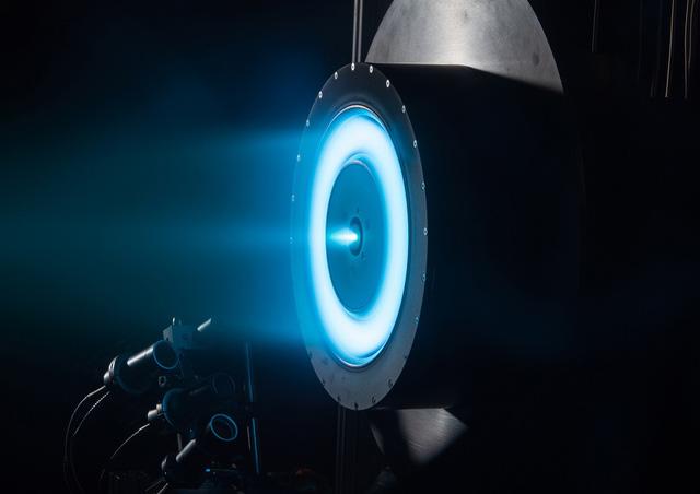 Tên lửa plasma là gì và tại sao với nó, ta có thể nắm trong tay khả năng du hành liên hành tinh? - Ảnh 1.