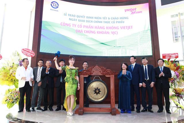 Nữ tỷ phú duy nhất của Đông Nam Á, người đàn bà quyền lực của Vietjet và những lần xuất hiện đậm chất Nguyễn Thị Phương Thảo - Ảnh 1.