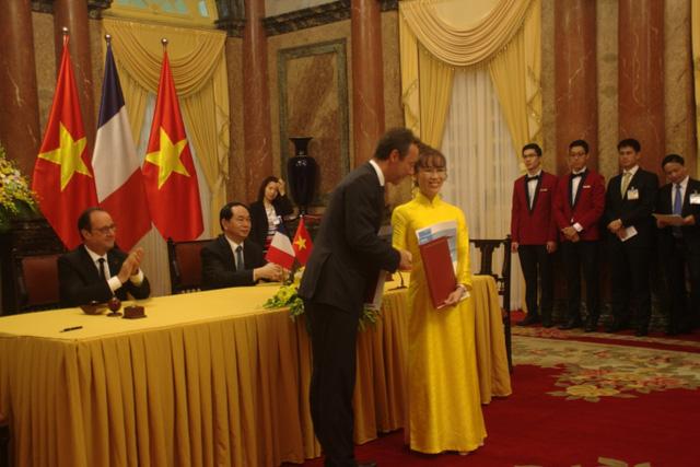 Nữ tỷ phú duy nhất của Đông Nam Á, người đàn bà quyền lực của Vietjet và những lần xuất hiện đậm chất Nguyễn Thị Phương Thảo - Ảnh 2.