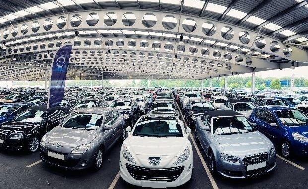 Xe giá rẻ Thái, Indo ồ ạt sang Việt Nam: 2018 đại hạ giá ô tô - Ảnh 1.
