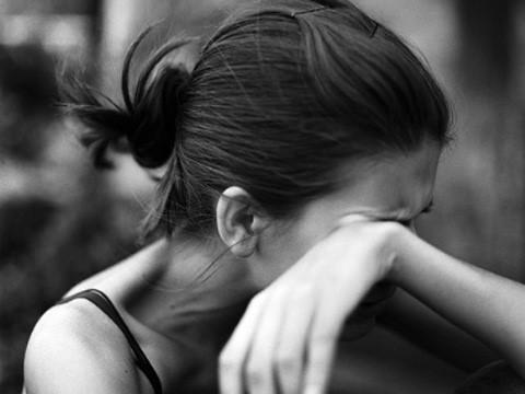 Tâm sự đẫm nước mắt của cô gái bị chú họ xâm hại năm 6 tuổi - Ảnh 2.