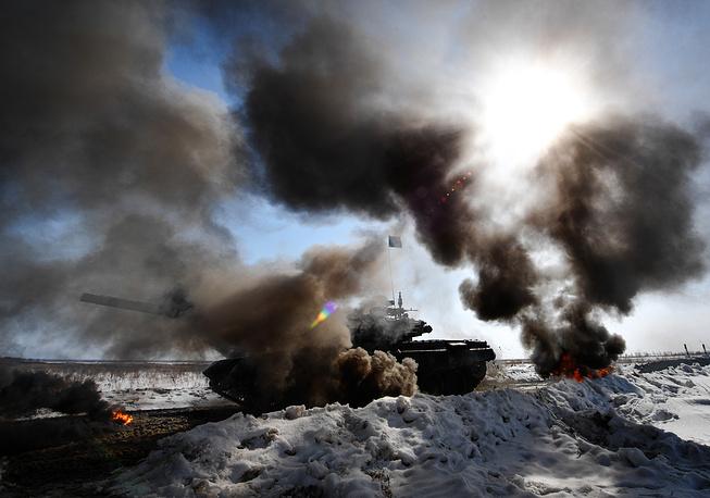 Các kíp lái xe tăng T-72B3 Nga sơ tuyển Tank Biathlon 2017, Việt Nam có tham dự? - Ảnh 3.
