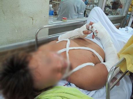 Hỗn chiến ở bệnh viện, đàn em Năm Cam ra tòa - Ảnh 1.