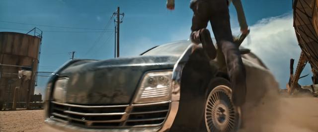 Những điều chưa ai kể về dàn xe ô tô trong Logan - một trong những bí quyết thành công của bộ phim bom tấn này - Ảnh 1.