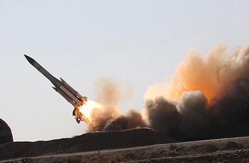 Israel: Tổ hợp Arrow-3 đã ngăn chặn tên lửa phòng không của Syria - Ảnh 2.