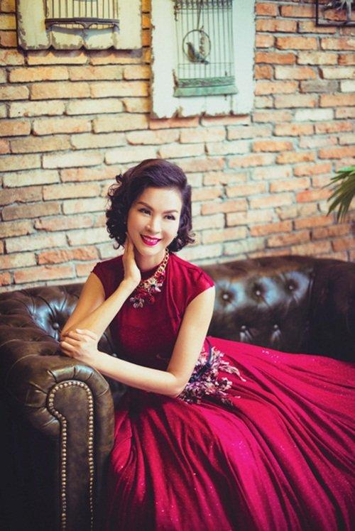 Ngưỡng mộ sự giàu có của MC U50 Thanh Mai - Ảnh 2.