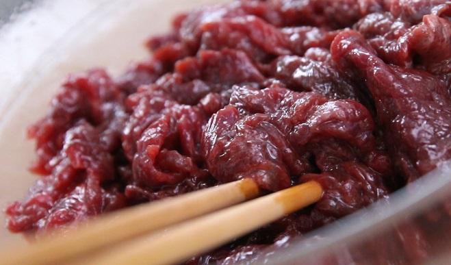 Cách xào thịt bò mềm, ngọt, giữ được giá trị dinh dưỡng cao - Ảnh 2.