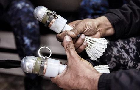 Iraq rải bom cầu lông, khiến IS chết như ngả rạ - Ảnh 1.