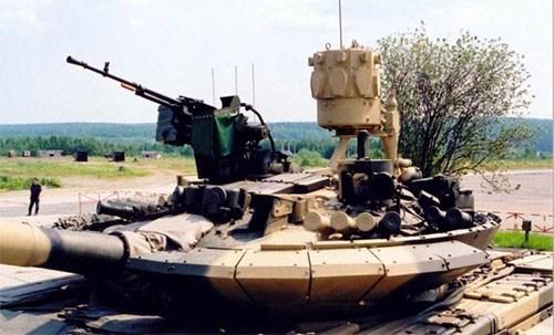 Thổ Nhĩ Kỳ muốn Nga cung cấp tổ hợp phòng ngự chủ động trên xe tăng - Ảnh 2.