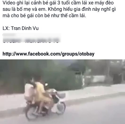 Clip: Bất cứ ai cũng phải thót tim nhìn cảnh bé gái nhỏ xíu cúi gằm mặt lái xe máy chở bố mẹ ngồi sau - Ảnh 1.