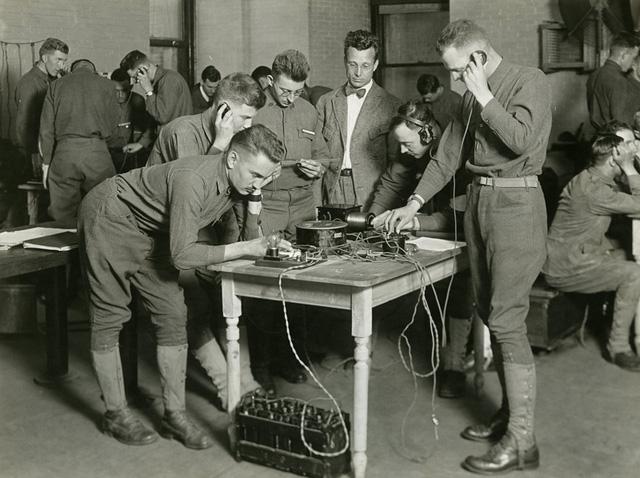 Tìm hiểu về viết mật mã bằng cờ vua - môn thể thao trí óc từng bị cấm vào thời Thế Chiến - Ảnh 2.