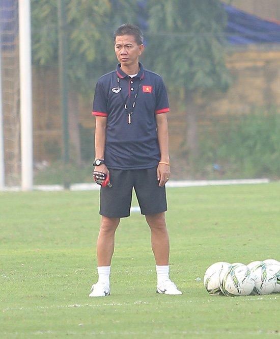 HLV Hoàng Anh Tuấn: U20 Việt Nam yếu nhưng có... chiêu ở World Cup! - Ảnh 1.