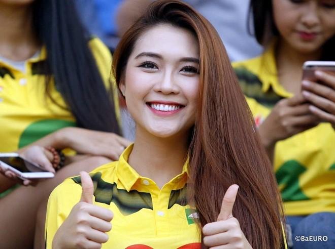 Fan nữ Sông Lam Nghệ An dự thi Hoa hậu Sắc đẹp Châu Á 2017 - Ảnh 1.