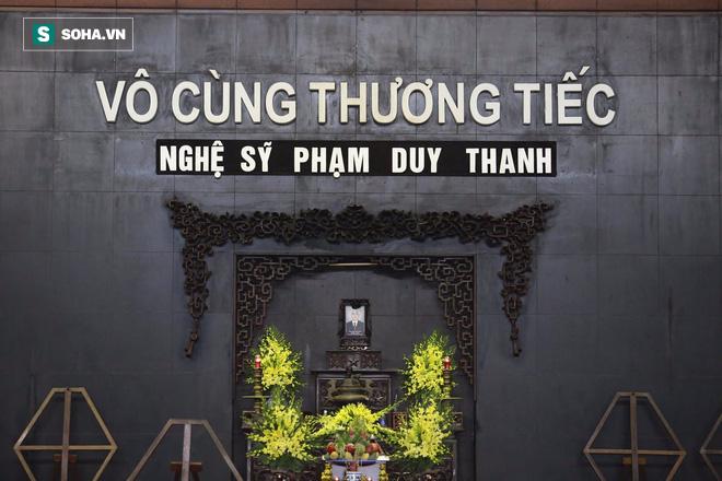Gia đình, đồng nghiệp nghẹn ngào ở đám tang NSƯT Duy Thanh - Ảnh 35.