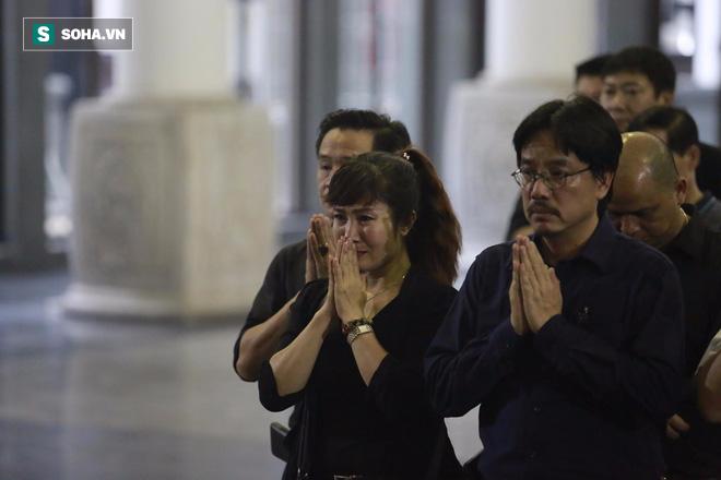 Gia đình, đồng nghiệp nghẹn ngào ở đám tang NSƯT Duy Thanh - Ảnh 28.