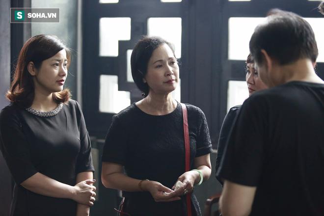 Gia đình, đồng nghiệp nghẹn ngào ở đám tang NSƯT Duy Thanh - Ảnh 25.