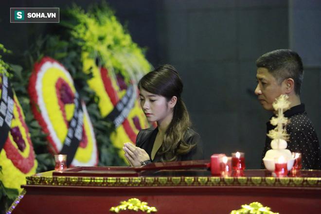 Gia đình, đồng nghiệp nghẹn ngào ở đám tang NSƯT Duy Thanh - Ảnh 24.